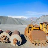 Herramientas industriales diversas y colina del material ferroso para el metal fotografía de archivo libre de regalías