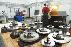 Herramientas industriales en el taller Imagenes de archivo
