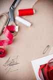 Herramientas para coser y hecho a mano Foto de archivo