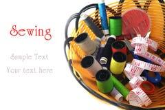 Herramientas para coser y hecho a mano Foto de archivo libre de regalías
