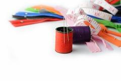 Herramientas para coser y hecho a mano Fotografía de archivo