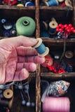Herramientas para la costura Imágenes de archivo libres de regalías