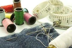 Herramientas usadas para coser Imagen de archivo libre de regalías