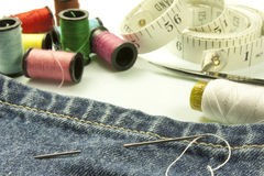 Herramientas usadas para coser Fotos de archivo