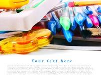 Herramientas y accesorios de la escuela en el fondo blanco Imágenes de archivo libres de regalías