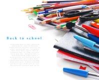 Herramientas y accesorios de la escuela en el fondo blanco Imagen de archivo libre de regalías