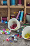 Herramientas y costura de los accesorios Fotografía de archivo
