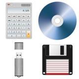 Herramientas y dispositivos de almacenamiento de la oficina Fotos de archivo