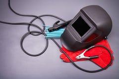 Herramientas y ropa protectora para soldar con autógena Fotografía de archivo libre de regalías