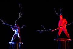Herrar av för spänningselektricitet för blixt den höga showen Arkivbild