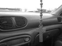 Herren skyddar min bil Arkivfoton
