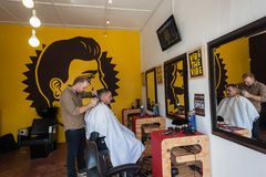 Herrenfriseur Barber Customer Lizenzfreies Stockbild
