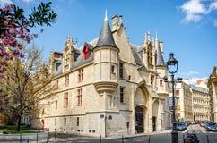 Herrgård Hotell de Sens i Paris Arkivfoto