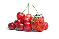 Herries e morango maduros do  do vermelho Ñ Fotografia de Stock