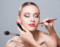 Herrlich im Make-up lizenzfreie stockfotos