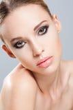 Herrlich im Make-up lizenzfreie stockbilder