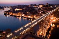 Herrliche Ansicht in Richtung zur Stadt von Porto Lizenzfreie Stockbilder