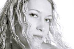 Herrliche blonde Frau Stockbild