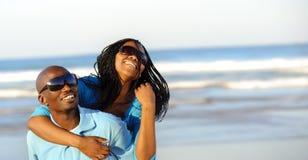 Herrliche glückliche Paare lizenzfreies stockfoto
