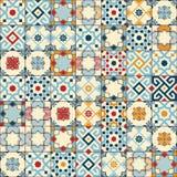 Herrliches nahtloses Muster weiße bunte marokkanische, portugiesische Fliesen, Azulejo, Verzierungen Kann für Tapete verwendet we Stockfoto