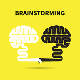 Hersenen en flitsen Het creatieve ontwerp van het hersenen abstracte vectorembleem Stock Afbeelding