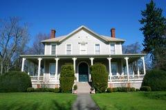 Hersteld oud huis. royalty-vrije stock afbeeldingen