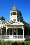 Hersteld Victoriaans huis. stock afbeelding