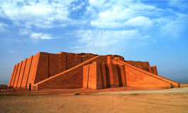 Hersteld ziggurat in oude Ur, Sumerische tempel, Irak royalty-vrije stock fotografie