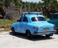 Herstelde Auto in Playa Del Este Cuba Stock Fotografie