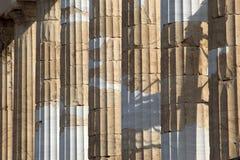 Herstelde Ionische kolommen in Athene stock afbeeldingen