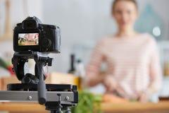 Herstellung das Kochen von vlog Lizenzfreie Stockfotos