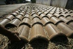 Herstellung der Dachplatte Stockfotos