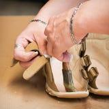 Herstellung der Schuhe Lizenzfreie Stockbilder