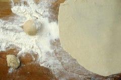 Herstellung der selbst gemachten Teigwaren Stockfoto