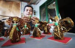 Herstellung der traditionellen Action-Figur Lizenzfreie Stockfotografie