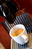 Herstellung des Kaffees stockbilder