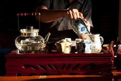 Herstellung des Tees Stockfoto