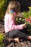 Herstellung eines Blumen-Blumenstraußes Lizenzfreie Stockfotos