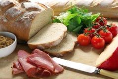 Herstellung eines Sandwiches Lizenzfreies Stockfoto