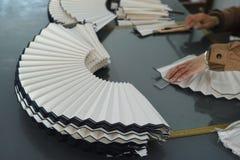 Herstellung von Fans stockbilder