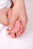 Herstellung von Massage des Fusses der Kinder lizenzfreie stockfotografie