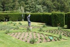 Herstmonceux slottträdgård i Herstmonceux, östliga Sussex, England, Europa arkivbilder