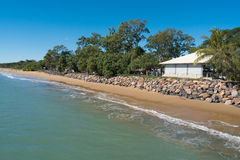 Hervey Bay shoreline Arkivbilder