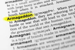 Hervorgehobenes englisches Wort ` Armageddon ` und seine Definition im Wörterbuch stockfotografie