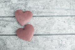 Herz auf dem Holz Stockfoto