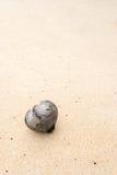 Herz auf Sand stockfoto