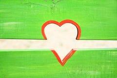 Herz auf Zaun lizenzfreies stockbild