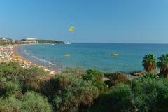 Herz des Feiertagsparadieses, des Wassersports und des Tourismus lizenzfreie stockbilder