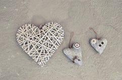 Herz drei auf dem floor& x28; Valentine& x27; s-day& x29; lizenzfreie stockfotografie