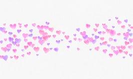 Herz formt Aquarellhintergrund Romantisches Konfettispritzen Hintergrund mit Herz-Konfettis Fallen rote und rosa Papierherzen stockbild